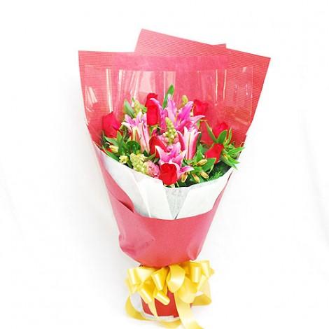 謝親恩花束 粉紅色黃緞帶
