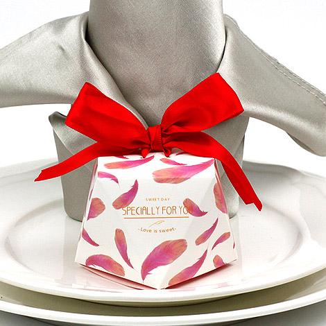 新款粉紅羽毛 鑽石 喜糖盒 婚禮小物 DIY