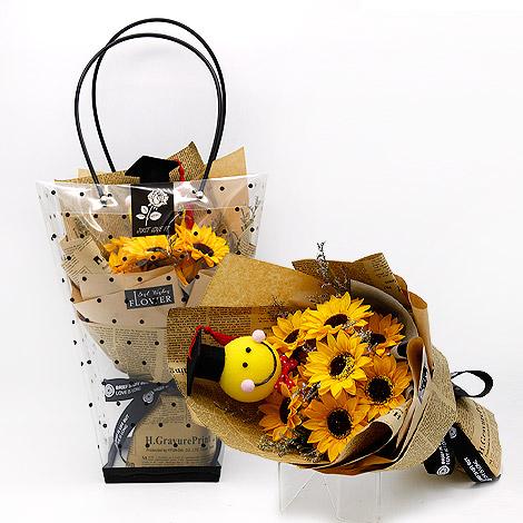 送禮物給女生 精緻絲巾盒裝組 特別禮物