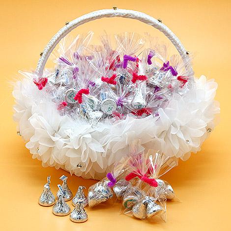婚禮小物專賣店  KISS巧克力 滿滿祝福一籃50入