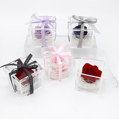 禮物專賣店情人節驚喜 唯一永生花盒